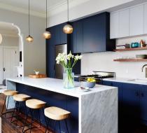 Navy blue & white European style kitchen quartz waterfall island