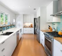 White Modern Style Kitchen Cabinets with Wood Countertop